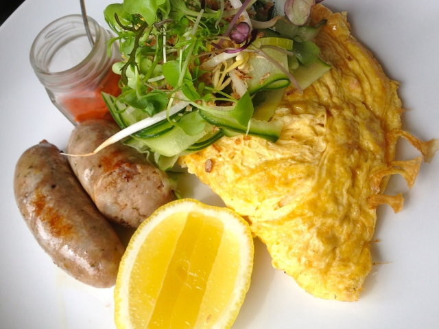 Crab Omelette with Pork Sausages